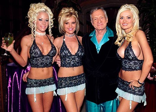 http://saltwaterhigh.files.wordpress.com/2009/01/hugh-hefner2.jpg?quality=88&w=250&h=140