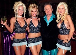 http://saltwaterhigh.files.wordpress.com/2009/01/hugh-hefner2.jpg?w=250&h=140
